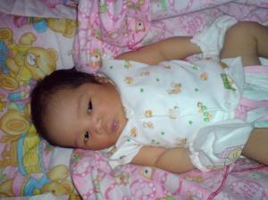 Rhea baru bangun tidur