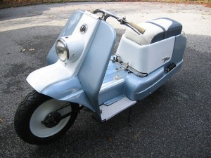 1960_Harley_Davidson_Topper_Scooter_For_Sale_Left_Side_resize